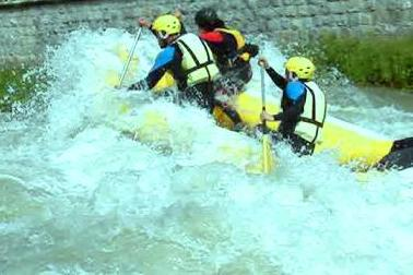 Rafting</p></span>...	 	 	 	 	 	 	 </article>       <article class=